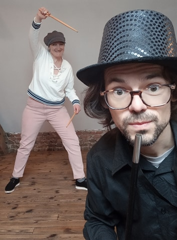Lilou et Robin, les musiciens magiciens